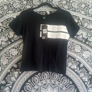 MIRROR Korea T-Shirt